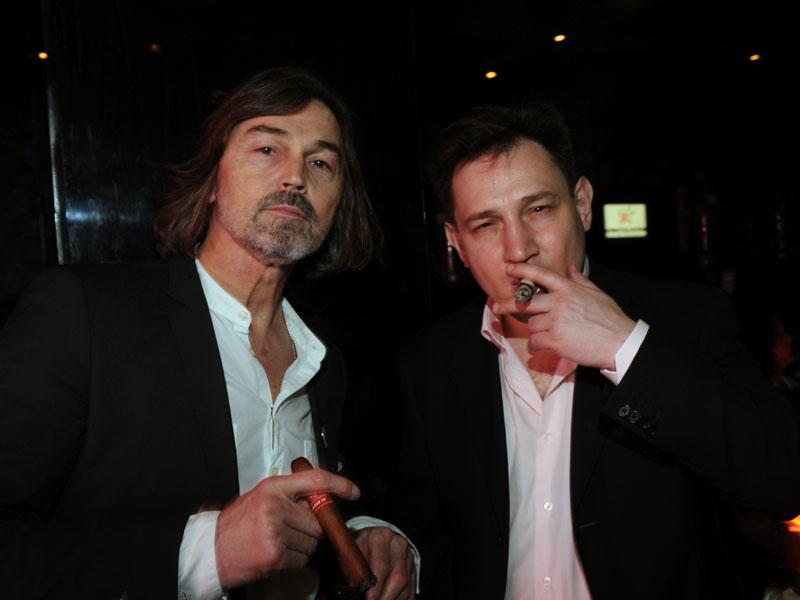 Никас Сафронов и Александр Изотов